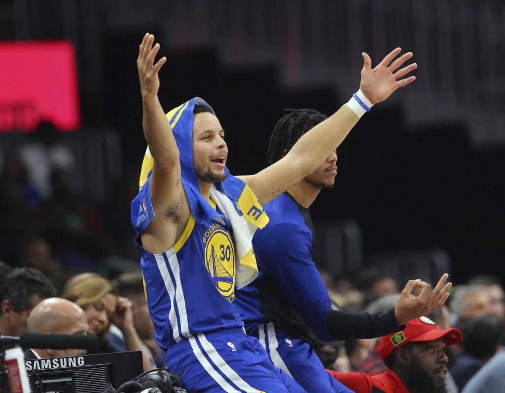 Prvaki s Curryjem premagali Atlanto, Houston spet izgubil (VIDEO)