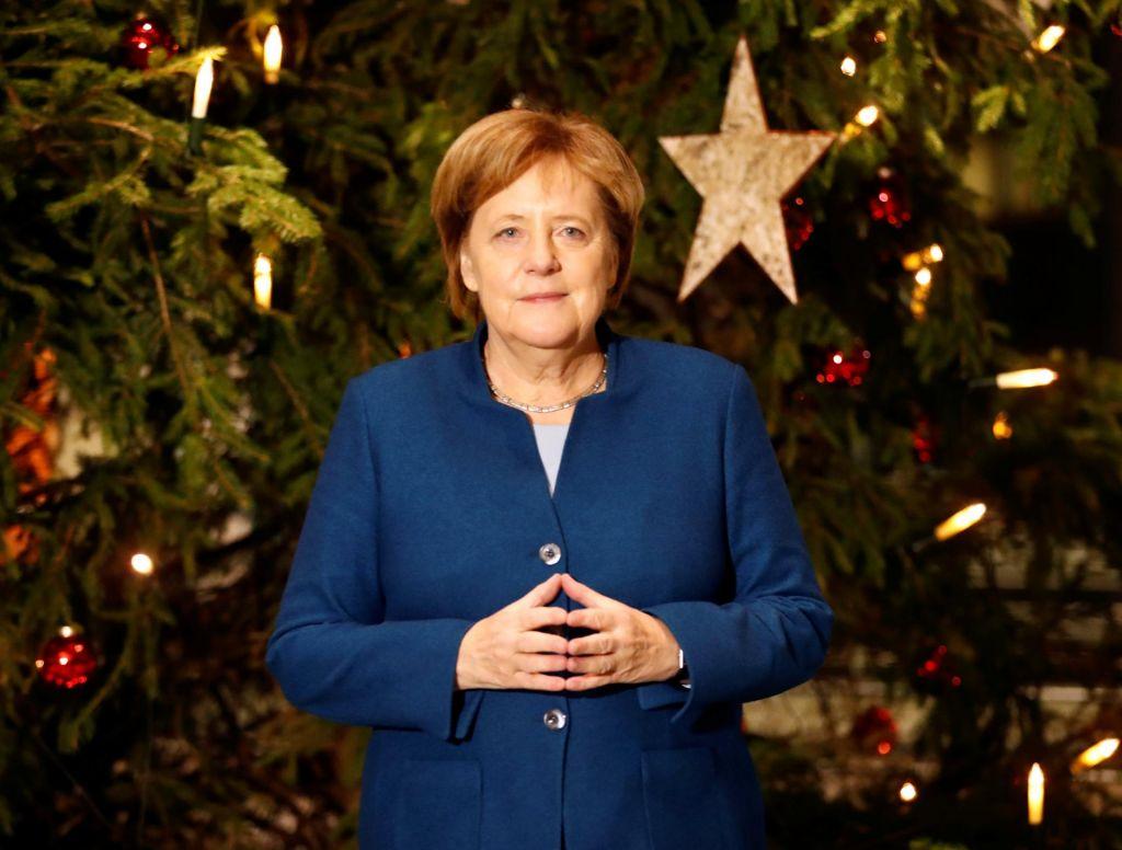 »Mutti« Merkel tudi osmič zapored najvplivnejša ženska na svetu