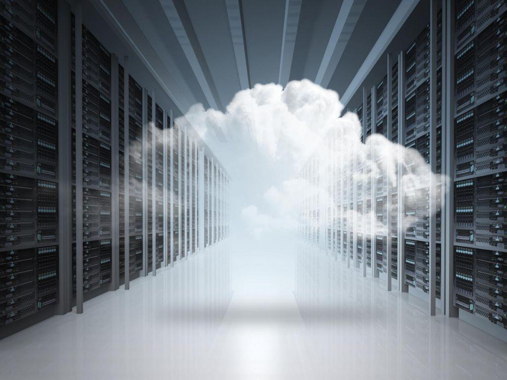 Oblak bo nadomestil tradicionalne podatkovne centre