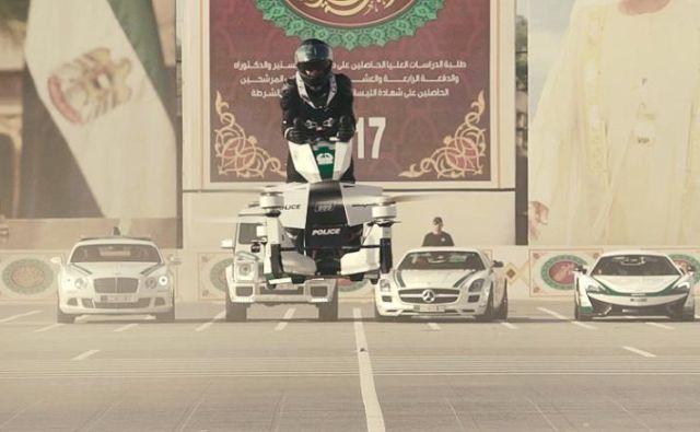 Nova igrača dubajske policije je bolj futuristična od njihovih najbolj futurističnih cestnih dirkalnikov. FOTO: Hoversurf