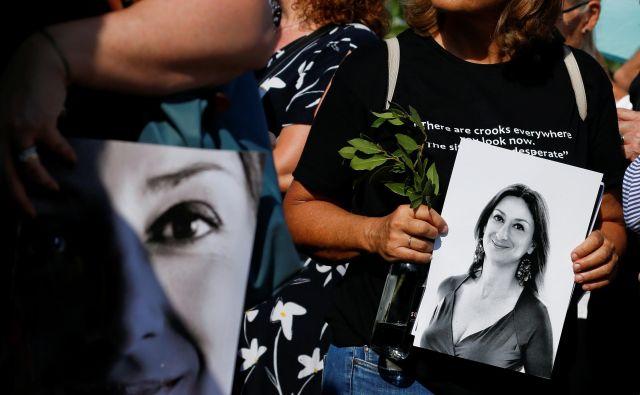 Oktobra je minilo leto dni od atentata na malteško novinarko Daphne Caruano Galizio, ki je umrla v eksploziji avtomobila bombe v Bidniji na Malti. FOTO: REUTERS/Darrin Zammit Lupi