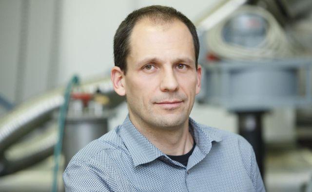 Prof. dr. Tomaž Katrašnik: Zmanjšanja globalnih izpustov toplogrednih plinov ne bo mogoče doseči zgolj z intenzivno elektrifikacijo cestnih vozil.<br /> Foto osebni arhiv