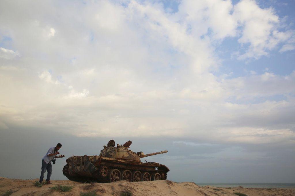 Mir brez krivcev za vojno