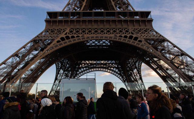 Eifflov stolp zapira svoja vrata. FOTO: AFP