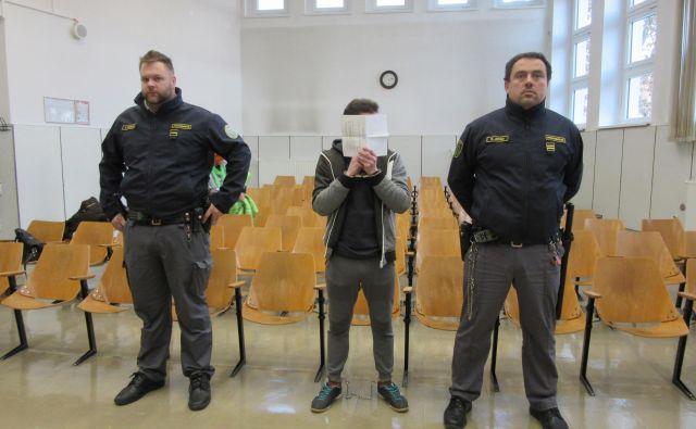 Izreka kazni se je udeležil le Denis Mihalić, ki bo najdlje za zapahi. FOTO: Špela Kuralt