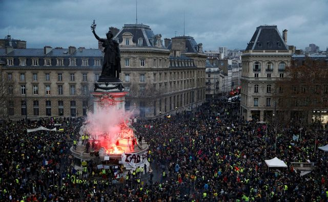 Trg repulike v Parizu. FOTO: Stephane Mahe/Reuters