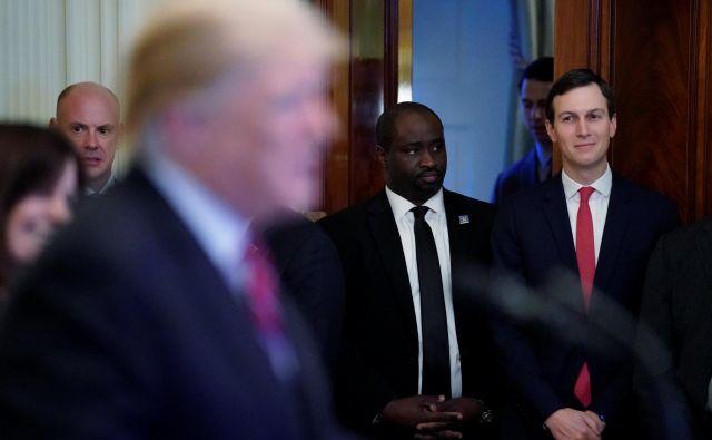 Svetovalec in zet ameriškega predsednika Jared Kushner FOTO: Jonathan Ernst/Reuters
