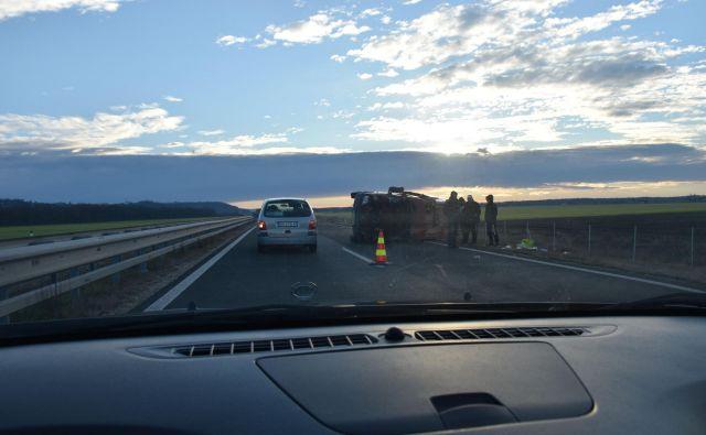 Prometna nesreča na pomurski avtocesti. FOTO: Oste Bakal