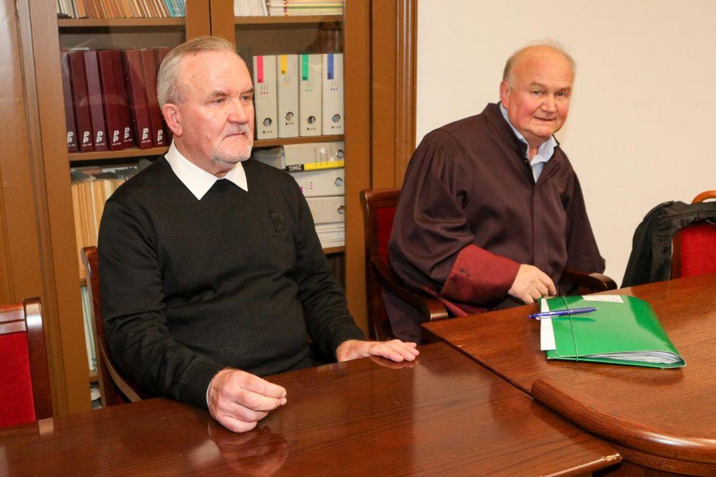 Višji sodniki odločajo o usodi paroha Perana Boškovića