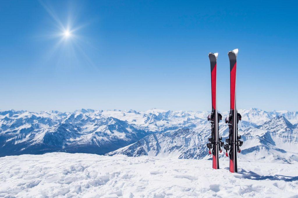 Začenja se sezona zimskih športov. Imate vse, kar potrebujete?