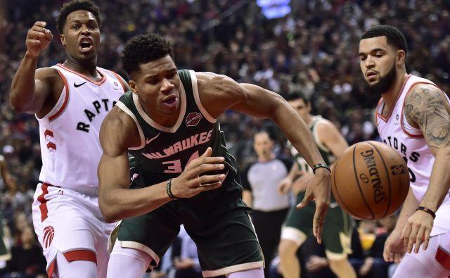 Giannis Antetokounmpo se bo z Milwaukeejem že letos potegoval (vsaj) za finale lige NBA. FOTO: AP