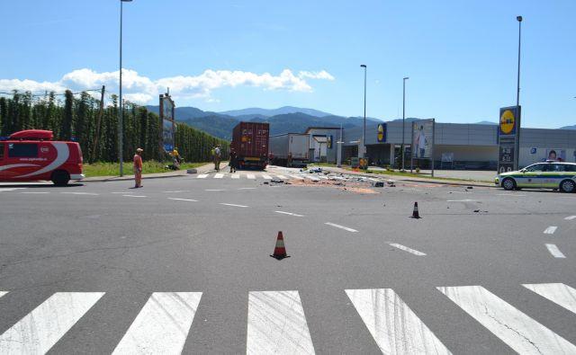 Na križišču s Koroško cesto v Radljah ob Dravi se vsak mesec pripeti prometna nesreča. FOTO: ARHIV PU CELJE