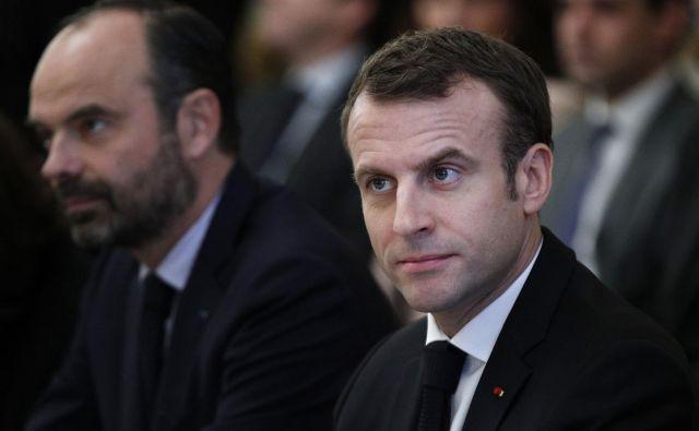 Emmanuel Macron je v ponedeljek prevzel »svoj del odgovornosti« za trenutne razmere v Franciji. Toda predsednikov nastop je zadovoljil le del njegovih kritikov. Foto AFP