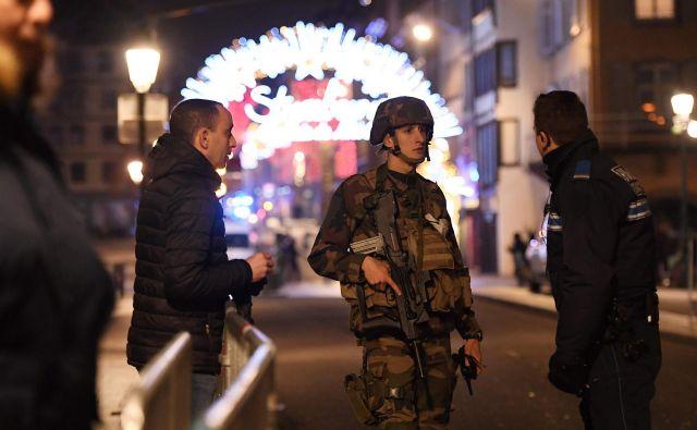 Incident se je zgodil blizu božične tržnice na trgu Kleber, enem glavnih mestnih trgov. FOTO: Frederick Florin/AFP
