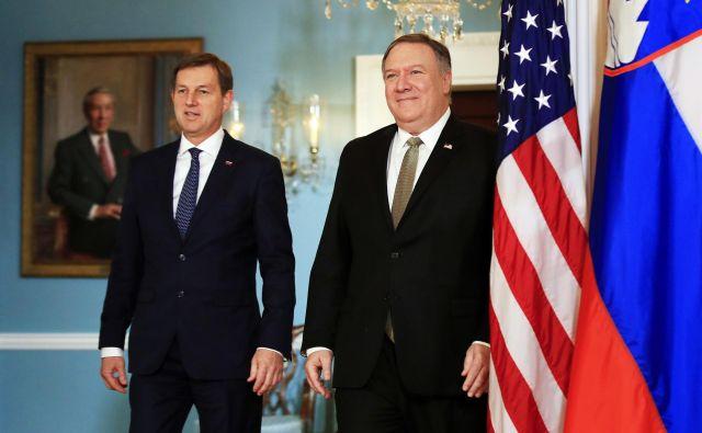 Z novim zunanjim ministrom Mirom Cerarjem naj bi se preobrnila tudi slovenska politika do ZDA. FOTO: AP