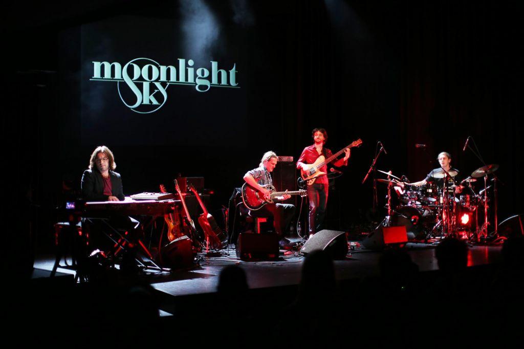 Moonlight Sky v Klubu CD