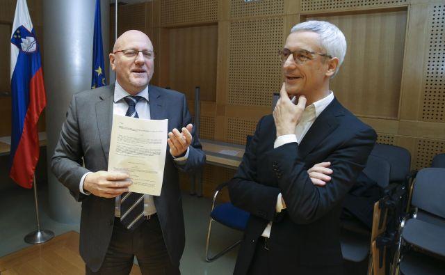 Minister za šolstvo Jernej Pikalo je po koncu pogajanj izplačilo zadržal in naročil notranjo revizijo. Foto Jože Suhadolnik