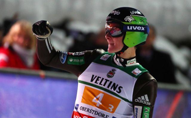 Peter Prevc bo imel še dve priložnosti več v lovu za tekmeci. FOTO: Reuters