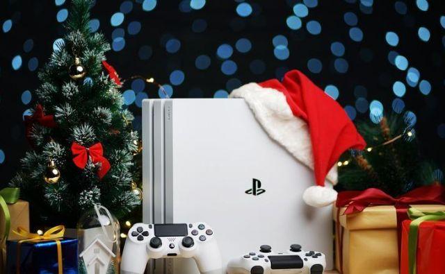 božično darilo Foto Shutterstock