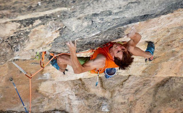 Strahu pred višino in padanjem Klemen ne pozna. FOTO: Anja Bečan