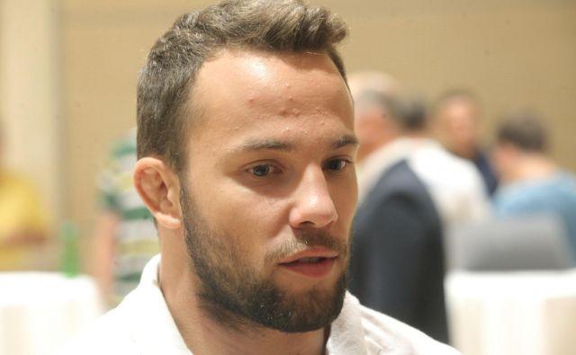 Adrian Gomboc je za seboj pustil tudi Simona Ovna in Saša Bertonclja. FOTO: Mavric Pivk/Delo
