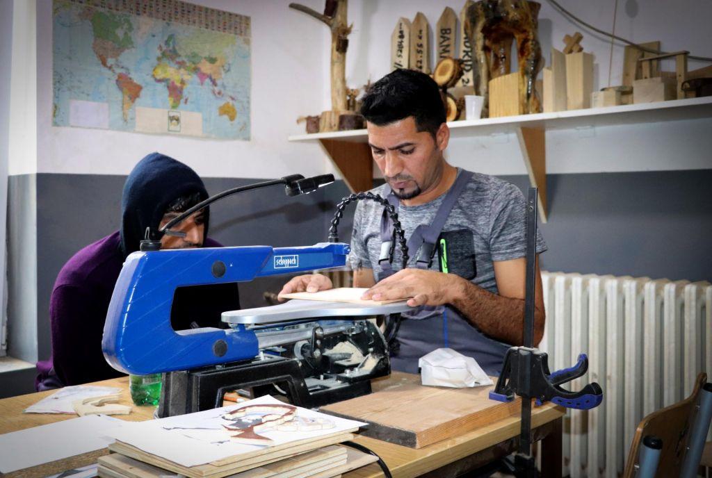 FOTO:Migrant – popotnik, ki potrebuje spremstvo in zaščito