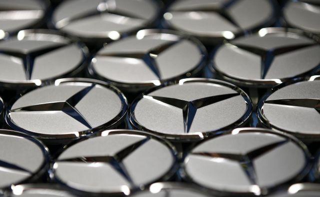 Pri Daimlerju niso povedali, kateri dobavitelji so prejeli ta naročila. FOTO: Reuters