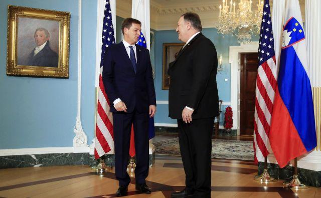 Zunanjega ministra Mika Pompea in svetovalca za nacionalno varnost Johna Boltona (levo) je zanimalo naše stališče do varnostnih vprašanj na območju nekdanje Jugoslavije. FOTO: AFP