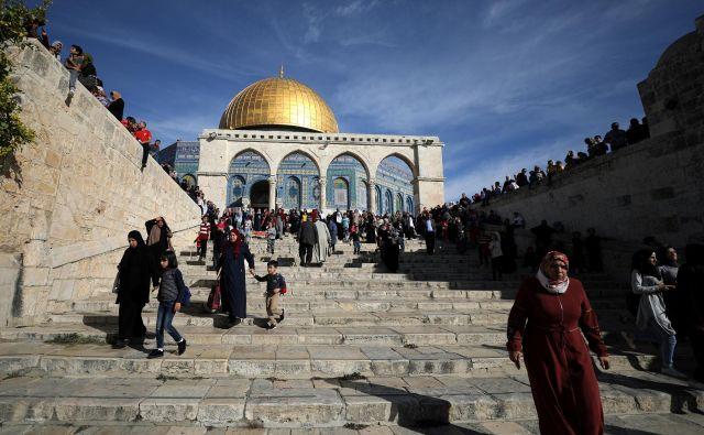 Pravni položaj Jeruzalema je že več let v središču izraelsko-palestinskega spora. FOTO: Reuters
