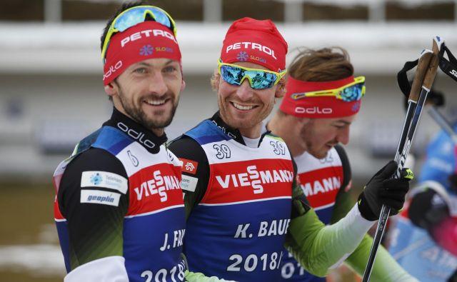 Jakov Fak in Klemen Bauer sta predala kot tretja, oboleli Mitja Drinovec pa je zdržal do cilja. FOTO: Matej Družnik/Delo