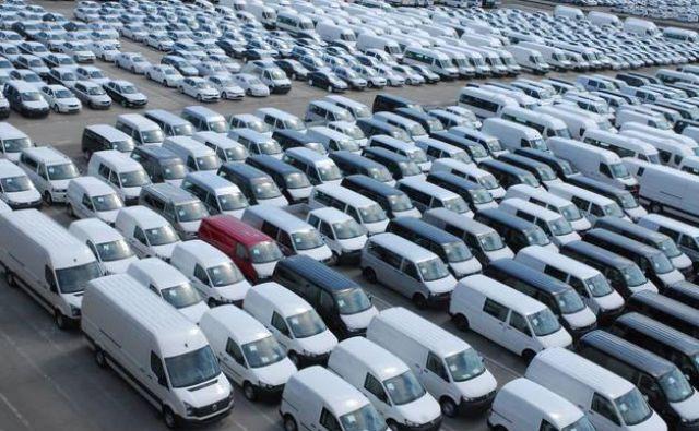 Avtomobili bi lahko bili še donosnejši posel. Vedno je kak trg, na katerem posel cveti. Foto Gašper Boncelj