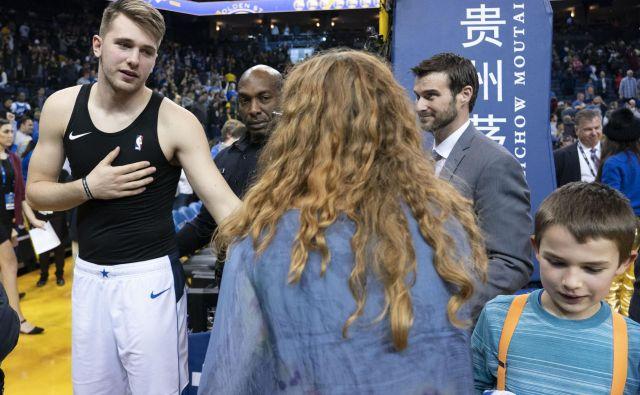 Luka Dončić je bil prva zvezda prireditve Športnik leta, četudi ga ni bilo v Cankarjevem domu. FOTO: Reuters