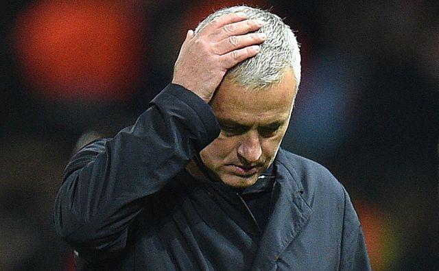 Jose Mourinho si mora poiskati novo službo. FOTO: Oli Scarff/AFP