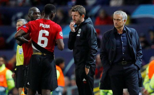 Romelu Lukaku in Paul Pogba sta bila med igralci, ki so si po odstavitvi Joseja Mourinha v vlogi trenerja zaželeli Michaela Carricka (v sredini). FOTO: Reuters