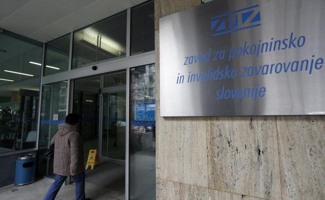 Delna pokojnina je namenjena lažjemu prehodu iz aktivnega statusa v status uživalca pokojnine, pojasnjujejo na Zpizu. FOTO Maric Pivk