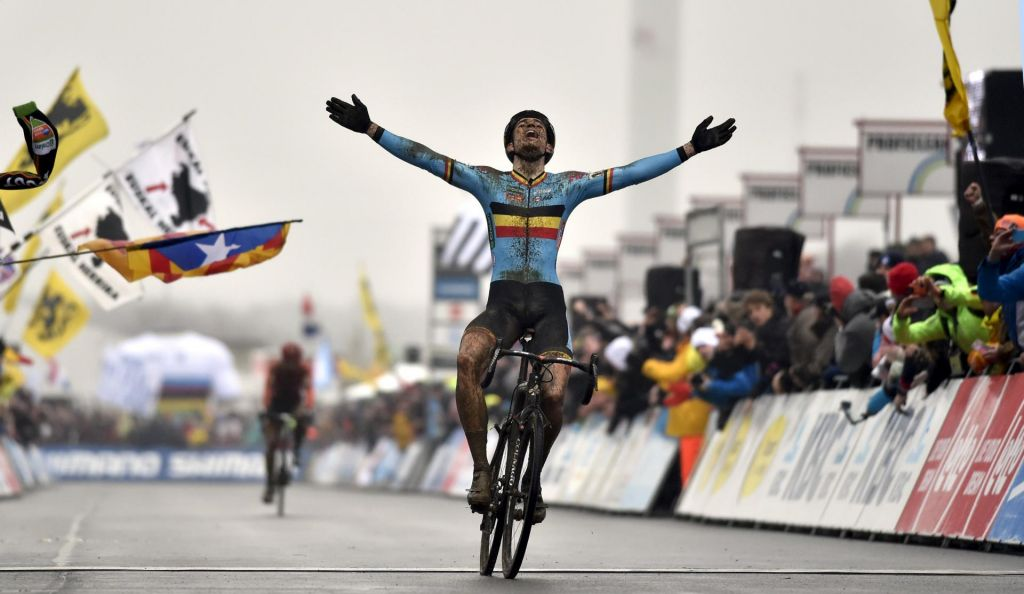 Van Aert že marca k Jumbu; Valverde in Landa na Giro