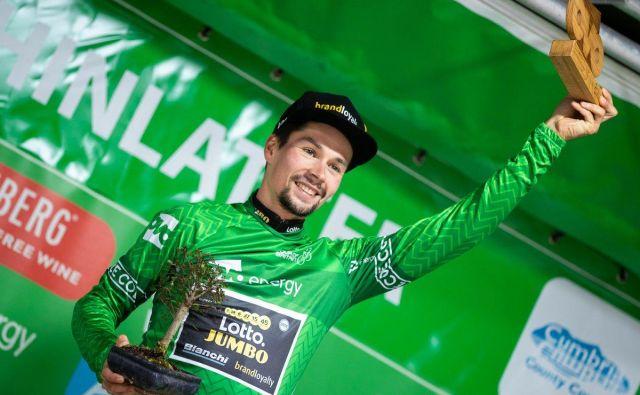 Primož Roglič v majici vodilnega na dirki po Britaniji. FOTO: Tour of Britain