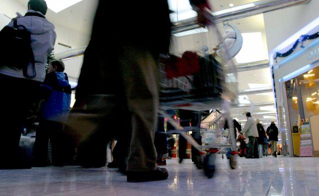 Nakupovalni centri bodo 25. in 16. 12. tr 1. in 2. 1. ostali zaprti. FOTO: Roman Šipić/Delo