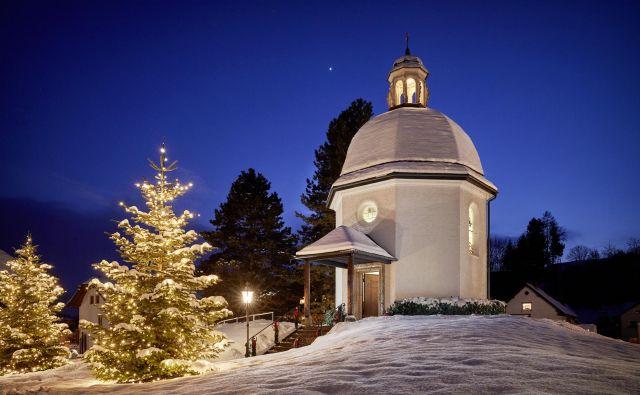 Kapela v Oberndorfu, kjer je stala cerkev, v kateri sta Joseph Mohr in Franz Xaver Gruber prvič zaigrala in zapela <em>Sveto noč</em>. FOTO: Michael Größinger