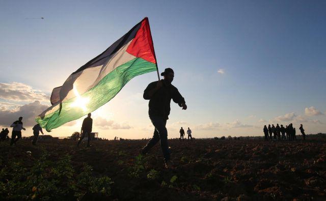 Palestinski parlament se ni sestal že od leta 2007, ko je Hamas prevzel nadzor nad Gazo in od tam pregnal Fatahove sile. FOTO: Said Khatib/APF