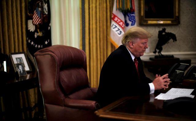 Prejšnji teden je bil destilat celega leta, v katerem je Donald Trump začel uresničevati svoje najbolj skrajne predvolilne obljube. FOTO: Reuters