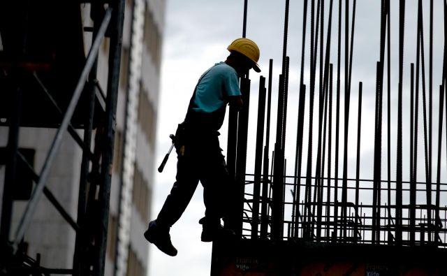 Največ tujcev je zaposlenih v gradbeništvu. FOTO: Roman Š�ipić/Delo