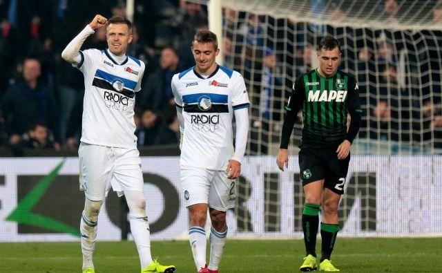 Josip Iličić (levo) je v zadnji tekmi leta 2018 vnovič opozoril nase italijansko nogometno javnost. FOTO: AP