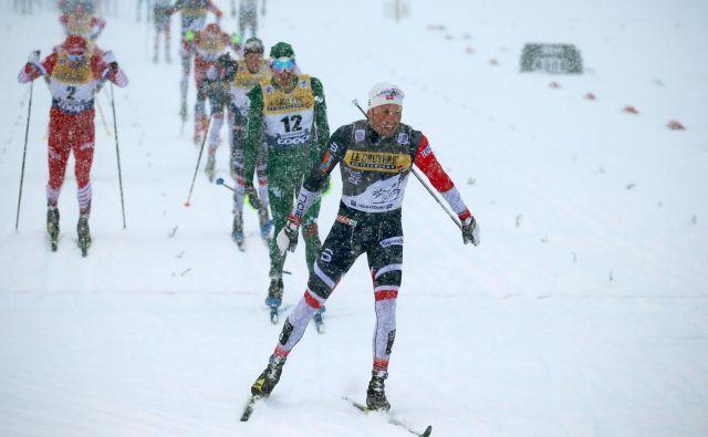 Junak tekme v zimskih razmerah je bil včeraj Norvežan Emil Iversen.<br /> FOTO AFP