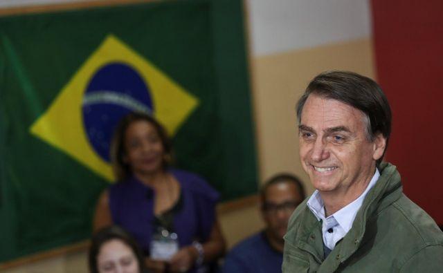 Jair Bolsonaro je napovedal umik Brazilije od dogovora ZN o migracijah.FOTO: Reuters