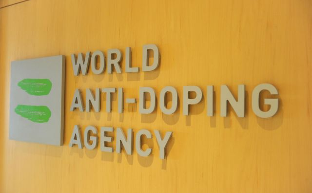 Vse glasnejši postajajo očitki športne javnosti na račun WADA. FOTO: Marc Braibant/AFP