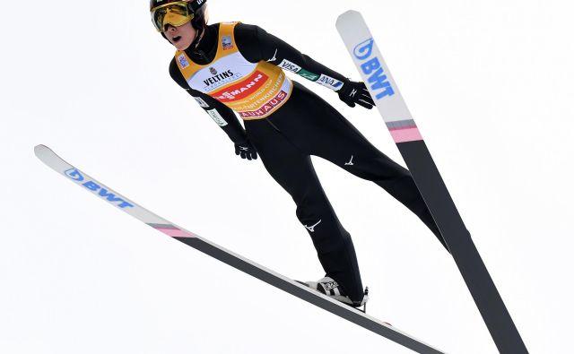 Rjoju Kobajaši je brez konkurence na novoletni turneji. FOTO: AFP