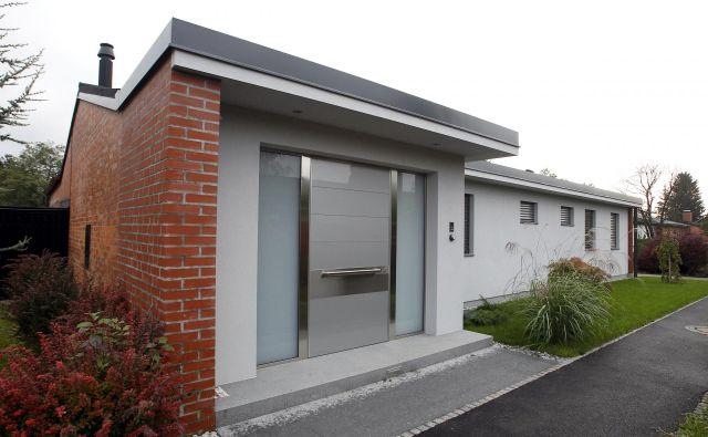 Sporna je bila obnova hiše Simone Dimic v Murglah. Foto: Leon Vidic