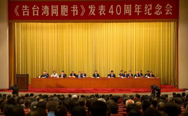 Xi Jinping je objavil, da se je iztekel rok za sklepanje kompromisov in da se mora Tajvan 70 let po koncu državljanske vojne vrniti v objem matične države. FOTO: Afp