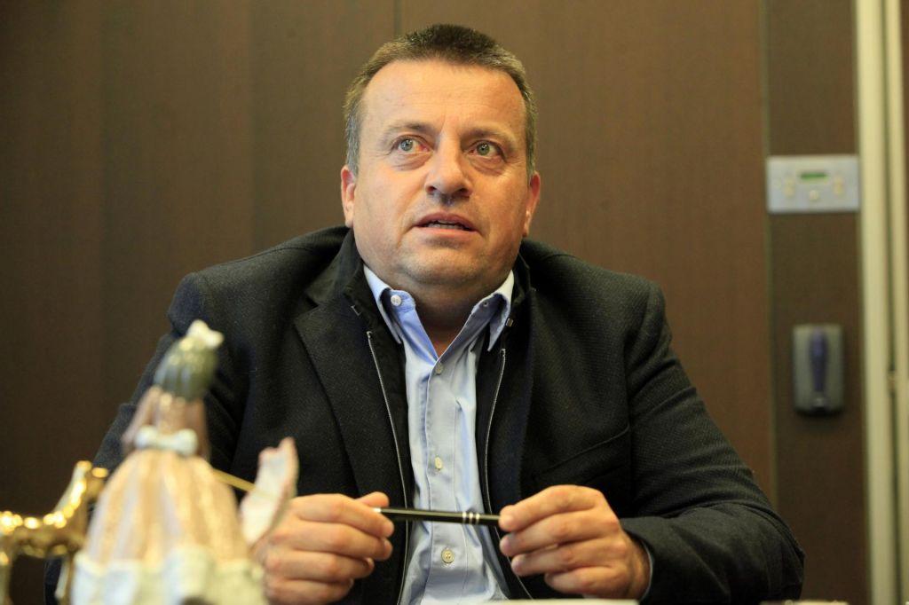 Pečečnik se umika iz projekta prenove Plečnikovega stadiona?